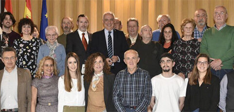 Reconocimiento a los voluntarios más veteranos de doce entidades sociales
