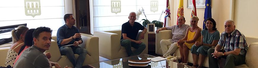El alcalde de Logroño recibe a la Federación Riojana de Voluntariado